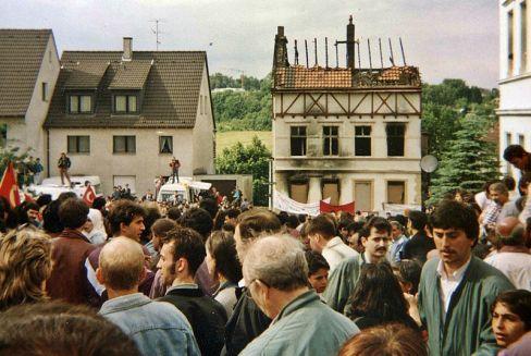 800px-1993_Solingen_Brandanschlag_2
